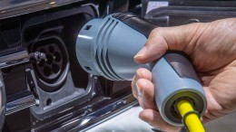 Hybridantriebe sollen billiger werden