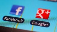 Haben Facebook und Google womöglich das Gespräch mitgehört?