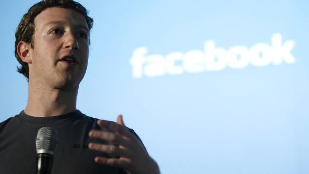 Zuckerberg siegt über Kommilitonen