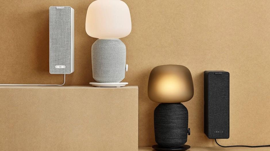 Der Symfonisk kommt als allein hängender Lautsprecher oder stehend in der Lampe versteckt.