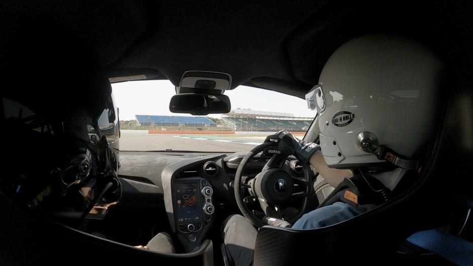 In 78 Sekunden um die Rennstrecke in Silverstone