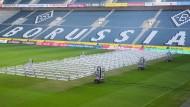 Während andere Vereine den Rasen bis zu dreimal pro Jahr austauschen müssen, übersteht das Grün im Borussia-Park wahrscheinlich mehr als eine Saison.