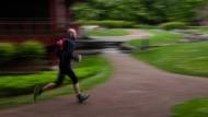 Laufen für einen guten Zweck: Nils Thies trainiert für einen Ultramarathon
