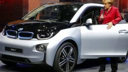 Autoindustrie bringt Spannung ins Kanzleramt