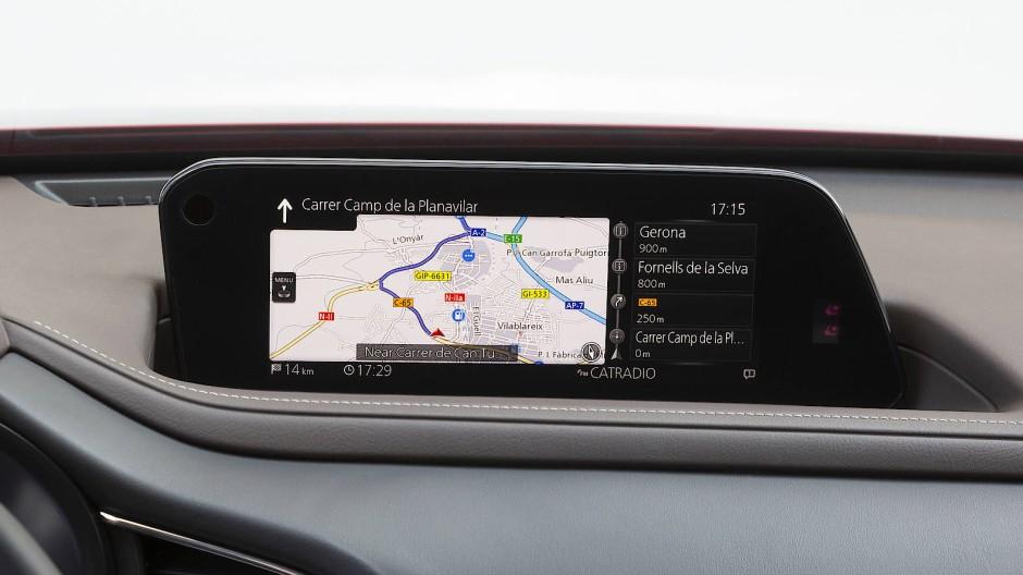 Breite Anzeige im Mazda CX 30