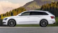 Vier neue Systeme im Škoda Superb