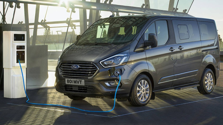 Ladebus: Ford Tourneo
