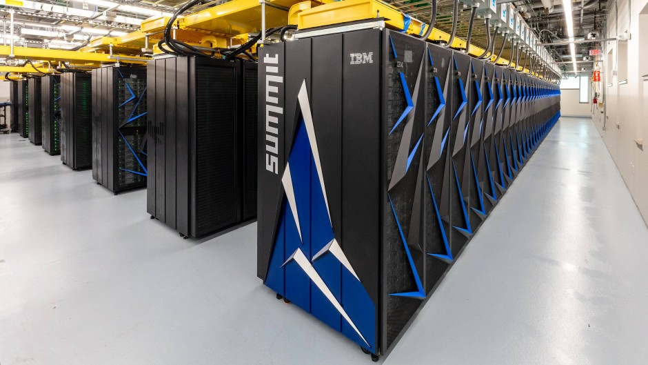 """Der Supercomputer """"Summit"""" von IBM am Oak Ridge National Laboratory ist der derzeit schnellste Rechner der Welt."""
