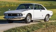 Könnte auch ein italienisches Sportcoupé sein: Mazda Luce, 1969.