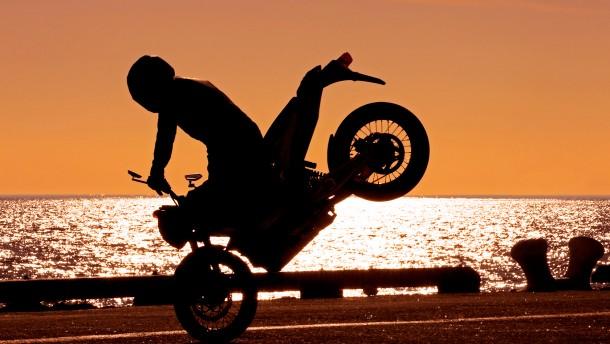 Motorrad-Power aus der Steckdose