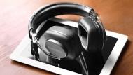Findet den Weg auch ohne Kopfhörerklinke: P7 von Bowers & Wilkins