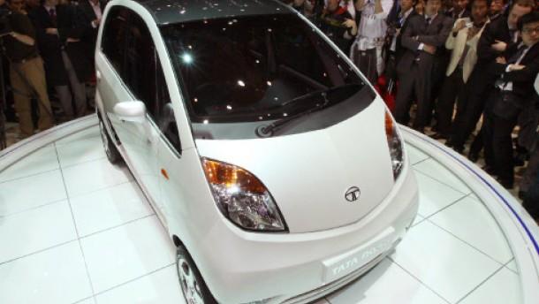 billigauto der tata nano auch als diesel auto verkehr. Black Bedroom Furniture Sets. Home Design Ideas