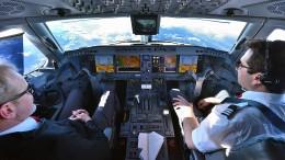 Im Cockpit des Flüsterfliegers
