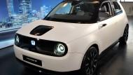 Ganz schön und teuer: Der Honda e bei der Präsentation in München.