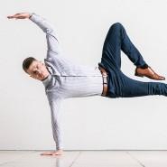 Kann man machen, muss man aber nicht: Der Herr trägt Stretchhosen.