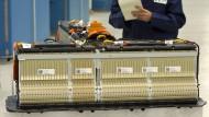 Eine Lithium-Batterie eines Mittelklasse-Elektroautos