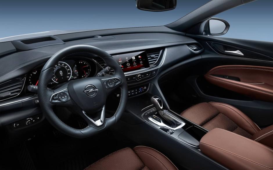 Bilderstrecke zu: Erste Probefahrt im Opel Insignia Grand Sport ...