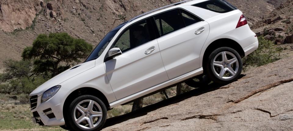 Mercedes M-Klasse: Die haben doch tatsächlich die Hebel getauscht ...