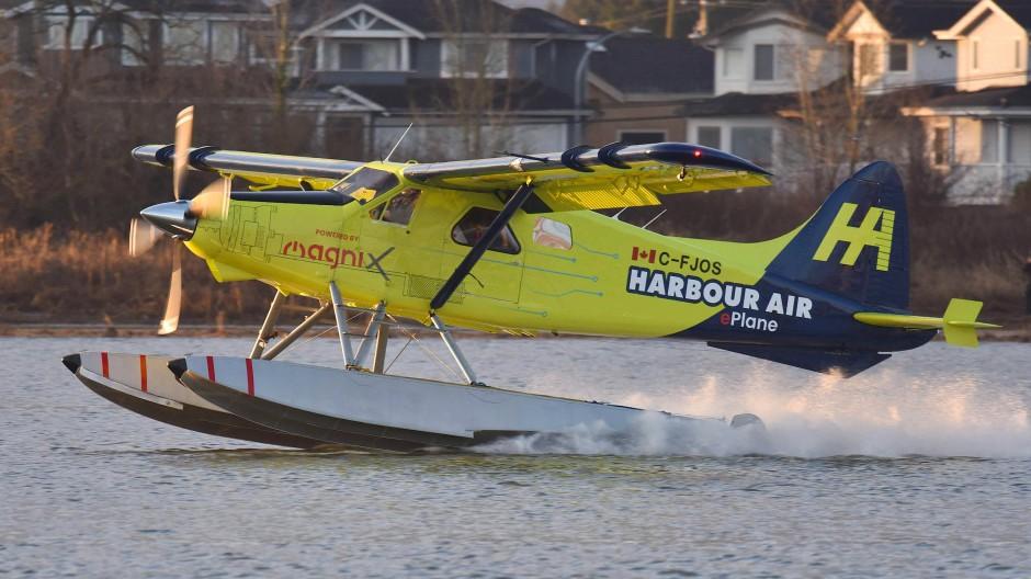 Am 10. Dezember hob mit einer elektrifizierten Beaver erstmals ein rein elektrisch angetriebenes Verkehrsflugzeug ab.