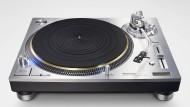 Technics knüpft schon mit seinem Namen an eine große Tradition an: Der neue Plattenspieler heißt SL-1200.