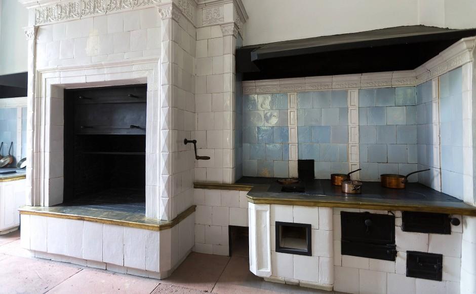 Schloss villa ludwigshöhe eine moderne küche aus dem jahr 1836