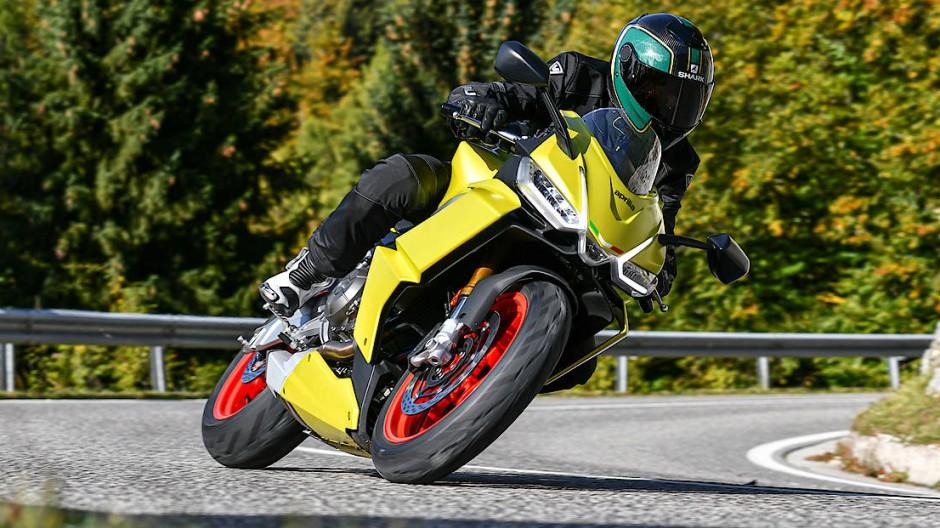 Aprilia verspricht sich viel von der RS 660, dem Sportmotorrad, das niemanden überfordert und die nächste Saison vergolden soll.
