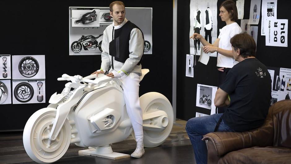 Die Bayern erproben schon längere Zeit elektrische Eigenentwicklungen im Motorradbereich.