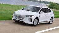 Auf leisen Sohlen bis zu 220 Kilometer weit: Der Hyundai Ioniq Elektro Style