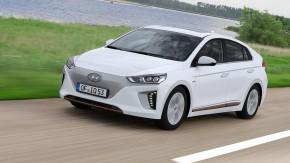 Hyundai Ioniq Elektro Style: Mit Spannung erwartete Drillinge