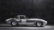 So gerade war er nie: Jaguar Lightweight, heute liebevoll nach altem Rezept zusammengesetzt