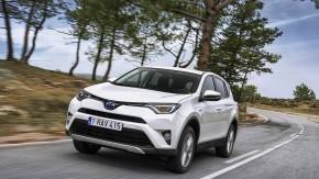 Der Toyota RAV4 Hybrid AWD ist ein Technikfestival mit begrenztem Erfolg