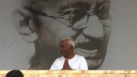 Neuer Gandhi spaltet Indien