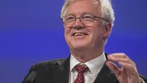 Brexit-Minister deutet Zugeständnisse in heikelstem Thema an