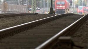 Deutsche Bahn zahlt Mitarbeitern Vorschuss