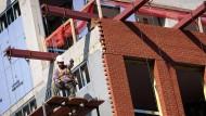 Bauarbeiter in Brooklyn: Fast 300.000 neue Arbeitsplätze wurden im Juni neu geschaffen.