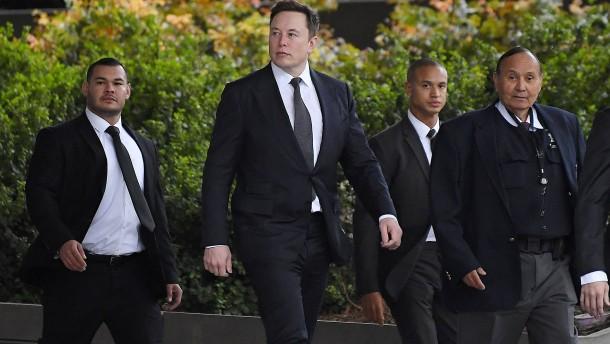 Elon Musk nach Pädophilie-Stichelei freigesprochen
