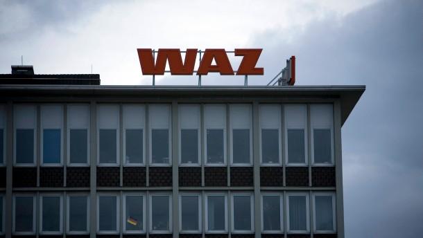 WAZ in Schwierigkeiten - Finanzkrise und Anzeigenschwund verursachen beim Konzern der  Westdeutschen Allgemeinen Zeitung Sparmaßnahmen und Entlassungen