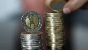 Staatsdefizit steigt auf 105,5 Milliarden Euro