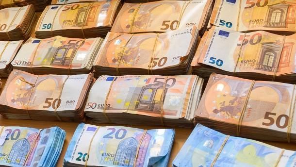 Corona bringt Deutschland das höchste Defizit seit Wiedervereinigung