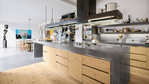 In der Küche zur Offenheit verdammt