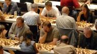 """Der Schach-Manager Hans-Walter Schmitt hatte mit seinen """"Chess Classic"""" in der Rheingoldhalle in Mainz immer riesige Events auf die Beine gestellt."""