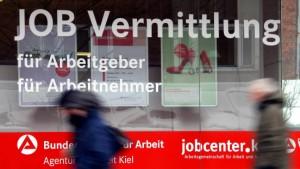 Arbeitsagentur will 20.000 Stellen einsparen