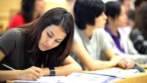 Ausländische Studenten strömen in Scharen zu uns