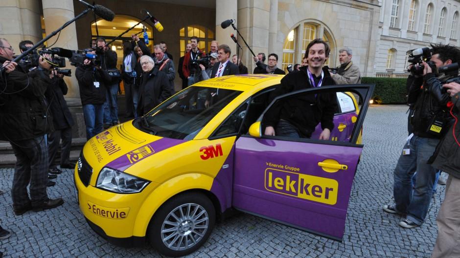 Da sah die Welt noch freundlicher aus: Der Erfinder Mirko Hannemann nach seiner Rekordfahrt vor viereinhalb Jahren