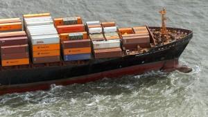 Merkel will den deutschen Reedern Steuer erlassen