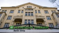 Hotelkette macht Rückzieher bei Zimmern für Flüchtlinge