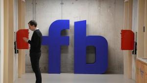 Wie einsam und unglücklich macht Facebook?