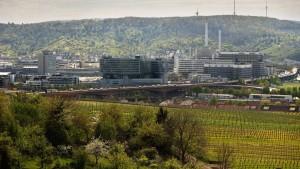 Bericht über  Lohndumping in Daimler-Werken