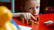 Taschengeld - mehr für Jungs?