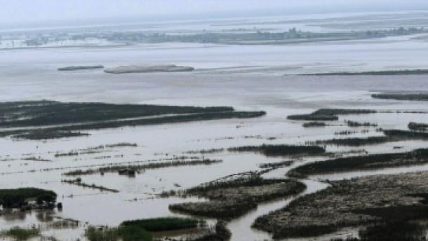Das Wasser destabilisiert Pakistan von Tag zu Tag